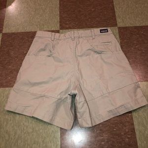 Patagonia organic cotton khaki shorts 32